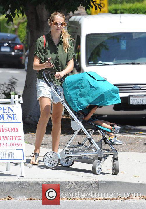 Teresa Palmer and Bodhi Webber 4