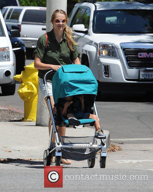 Teresa Palmer and Bodhi Webber 7