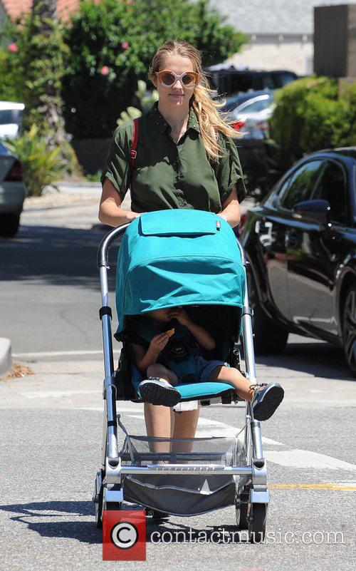 Teresa Palmer and Bodhi Webber 11