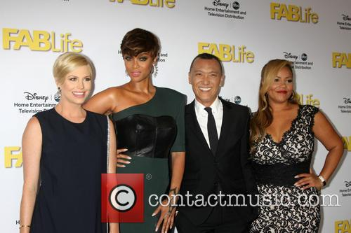 Fablife Cast and Tyra Banks 1