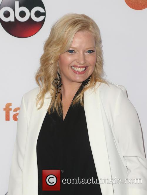 Melissa Peterman 6