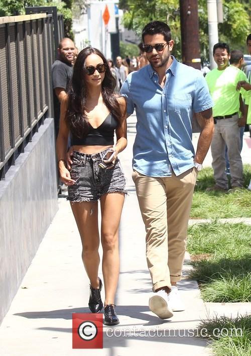 Cara Santana and Jesse Metcalfe 8