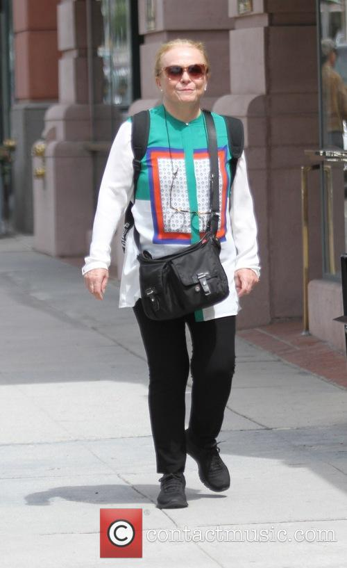 Jacki Weaver 2