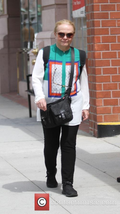 Jacki Weaver 6