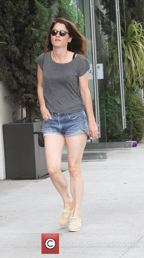Robin Tunney goes shopping in Beverly Hills