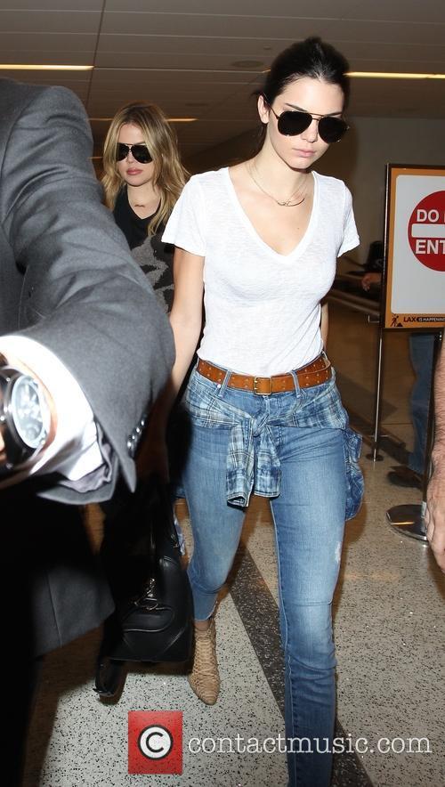 Khloe Kardashian and Kendall Jenner 6