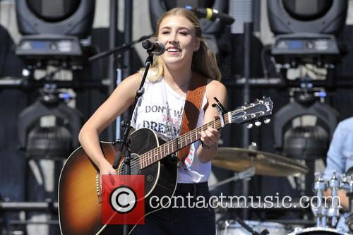 Maddie and Tae 7