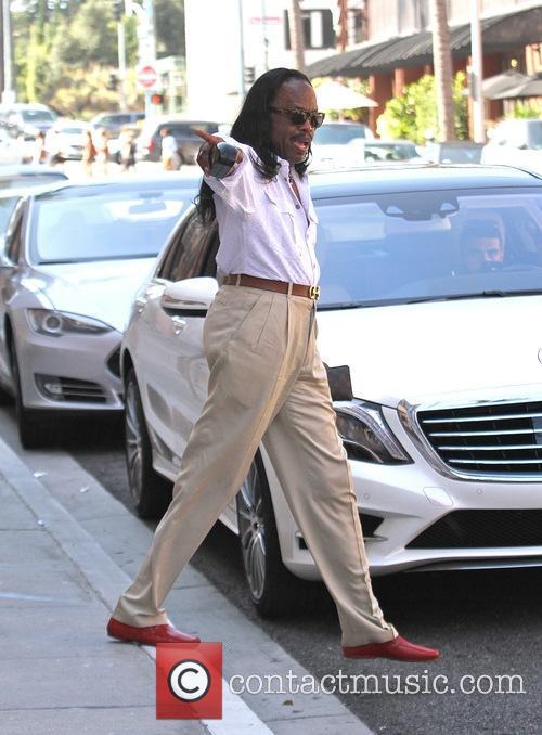 Verdine White goes shopping in Beverly Hills