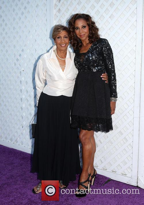 Dolores Robinson and Holly Robinson Peete 2