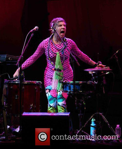 Merrill Garbus and Tune-yards 4