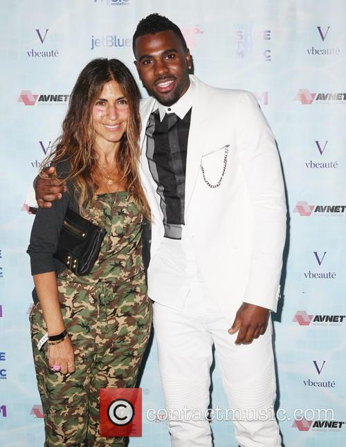Sandy Alouete and Jason Derulo 1