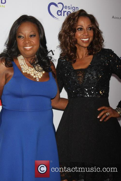 Star Jones and Holly Robinson Peete 1