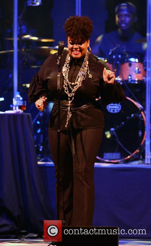Jill Scott performing at Hard Rock Live