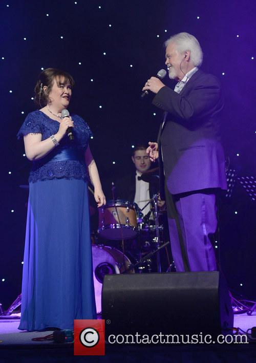 Susan Boyle and Merrill Osmond 3