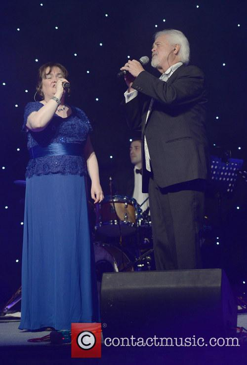 Susan Boyle and Merrill Osmond 7