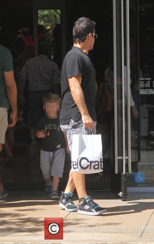 Mike Comrie and Luca Comrie 3