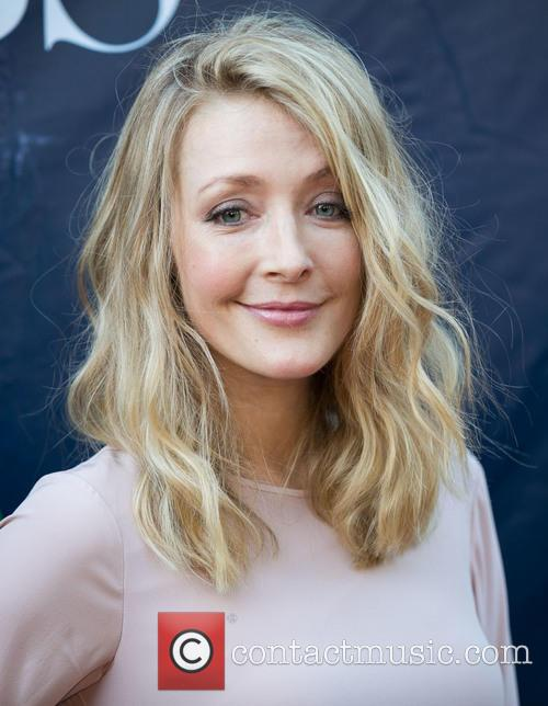 Jennifer Finnigan 1