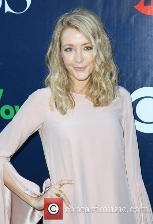Jennifer Finnigan 5