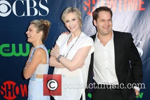 Maggie Lawson, Jane Lynch and Kyle Bornheimer 5