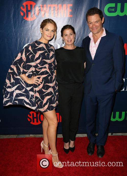 Ruth Wilson, Maura Tierney and Dominic West 7