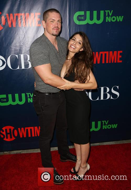 Steve Howey and Sarah Shahi 7