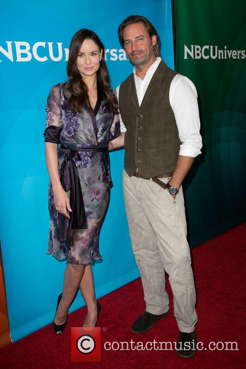 Sarah Wayne Callies and Josh Holloway 4