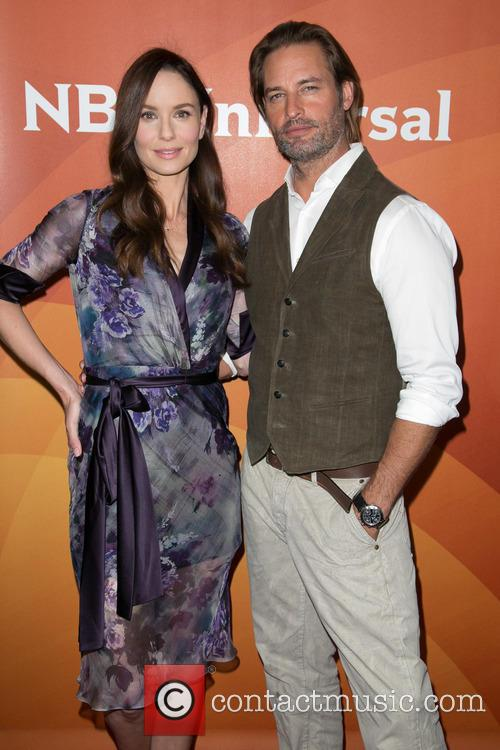 Sarah Wayne Callies and Josh Holloway 8