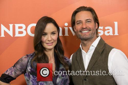 Sarah Wayne Callies and Josh Holloway 11