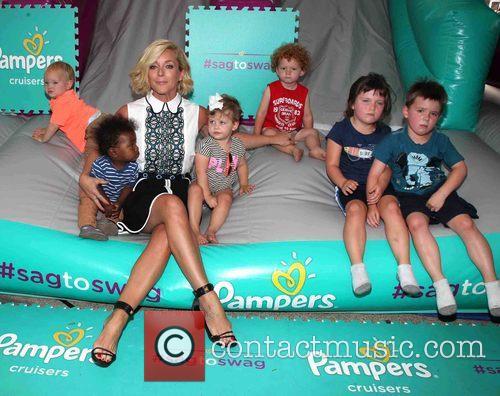 Jane Krakowski and And Kids 3