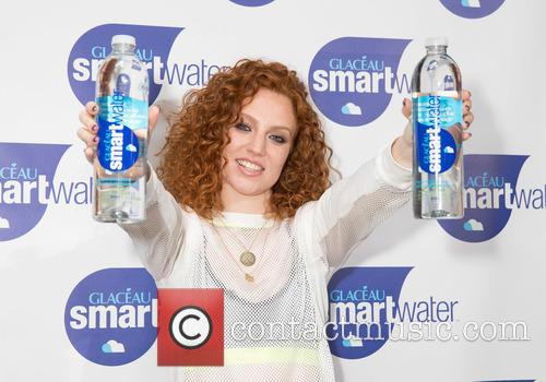 Singer Jess Glynne launches the #smartrebel workout, powered...