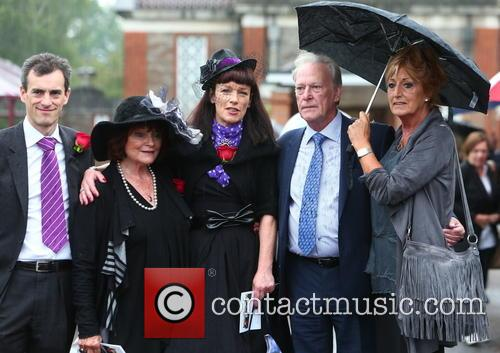 Dennis Waterman, Pam Flint and Penny Morrell 3