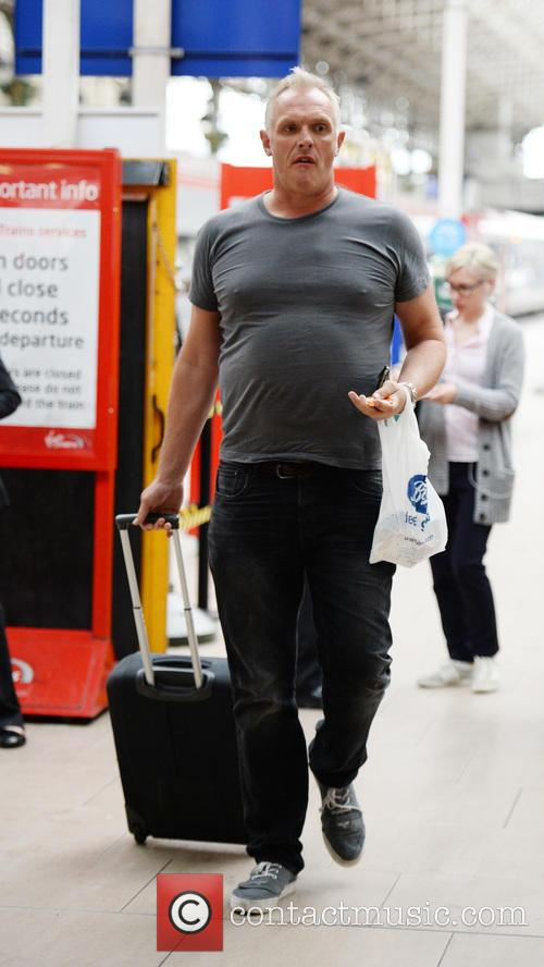 Greg Davies arriving at Manchester Piccadilly Train station