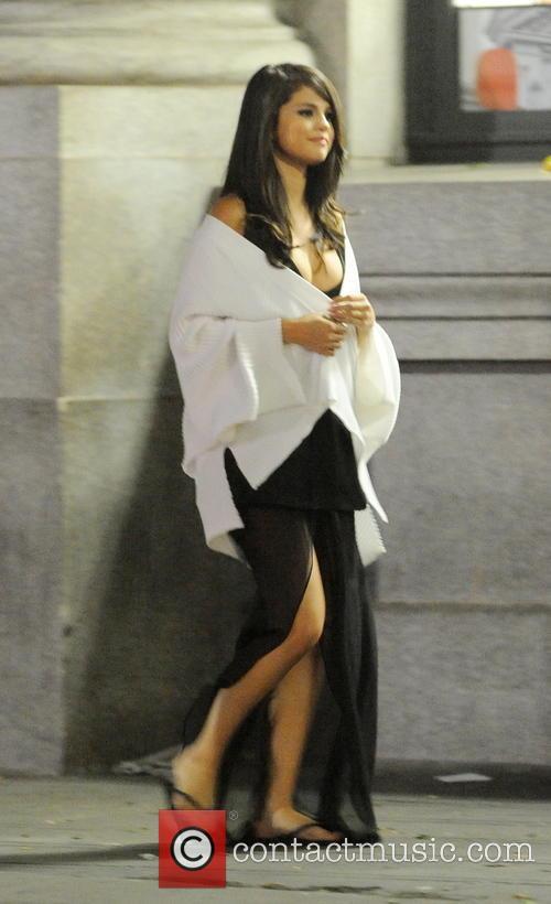 Selena Gomez filming her new music video