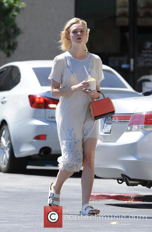 Elle Fanning goes to Pinkberry