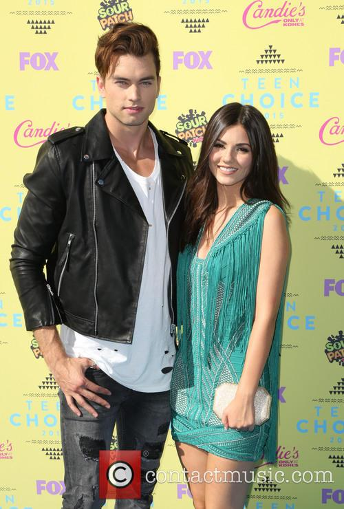 Pierson Fode and Victoria Justice 1