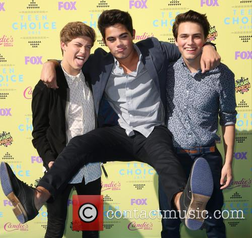 Teen Choice Awards and Forever In Your Mind 1