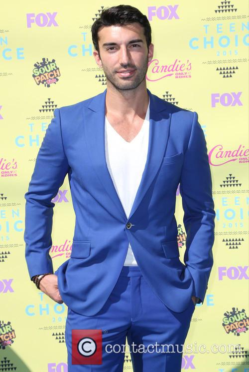 Teen Choice Awards and Justin Baldoni 3