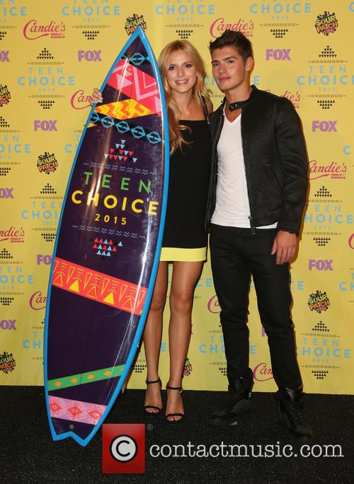 Bella Thorne and Gregg Sulkin 8