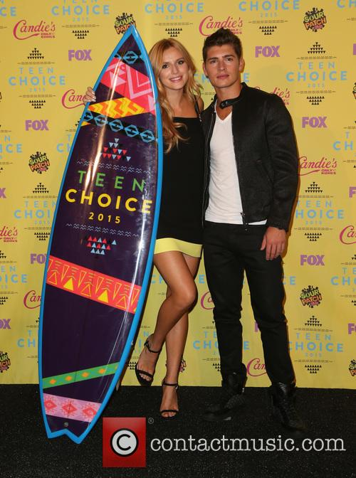 Bella Thorne and Gregg Sulkin 9