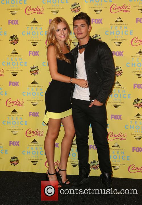 Bella Thorne and Gregg Sulkin 1