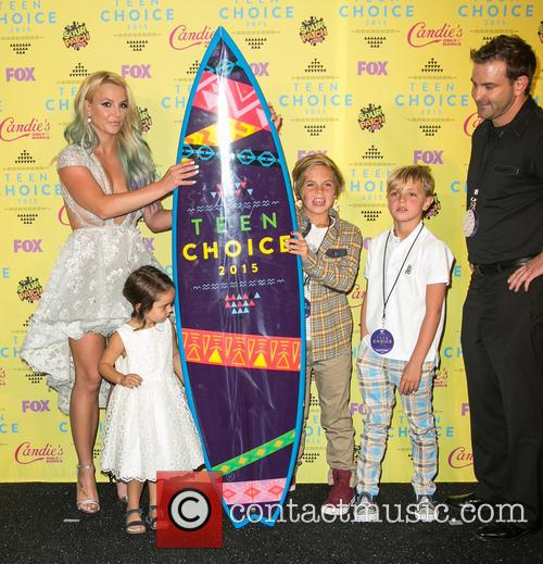 Britney Spears, Maddie Briann Aldridge, Sean Preston Federline, Jayden James Federline and Bryan Spears 2