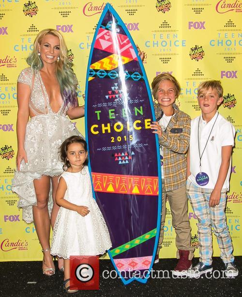 Britney Spears, Maddie Briann Aldridge, Sean Preston Federline and Jayden James Federline 1