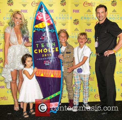 Britney Spears, Maddie Briann Aldridge, Sean Preston Federline, Jayden James Federline and Bryan Spears 1