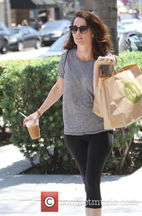 Robin Tunney grabs lunch in Beverly Hills