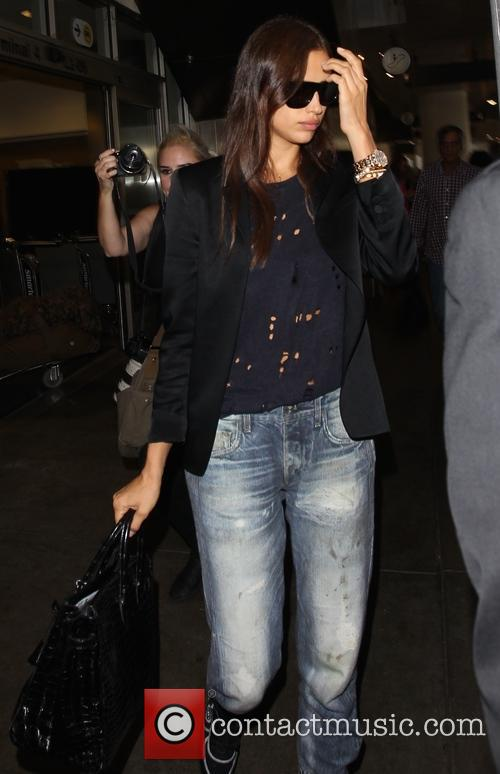 Irina Shayk arrives at Los Angeles International Airport