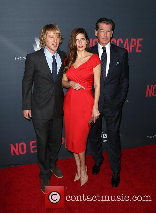 Owen Wilson, Lake Bell and Pierce Brosnan 8