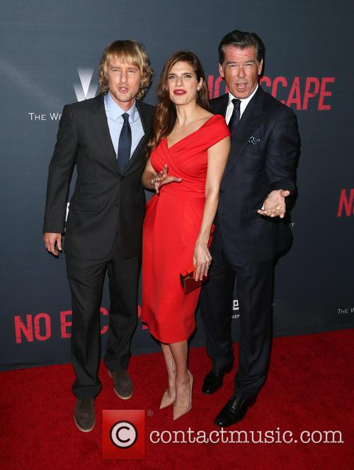 Owen Wilson, Lake Bell and Pierce Brosnan 10