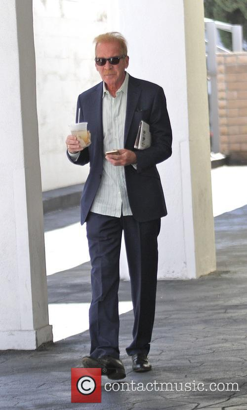 Pat O'Brien grabs an iced drink in Beverly...