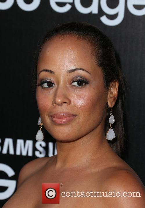 Essence Atkins 6