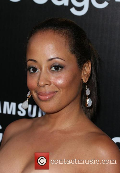 Essence Atkins 7
